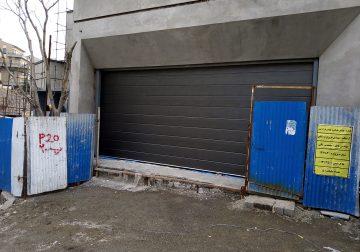 درب سکشنال زیر سقفی در کرج